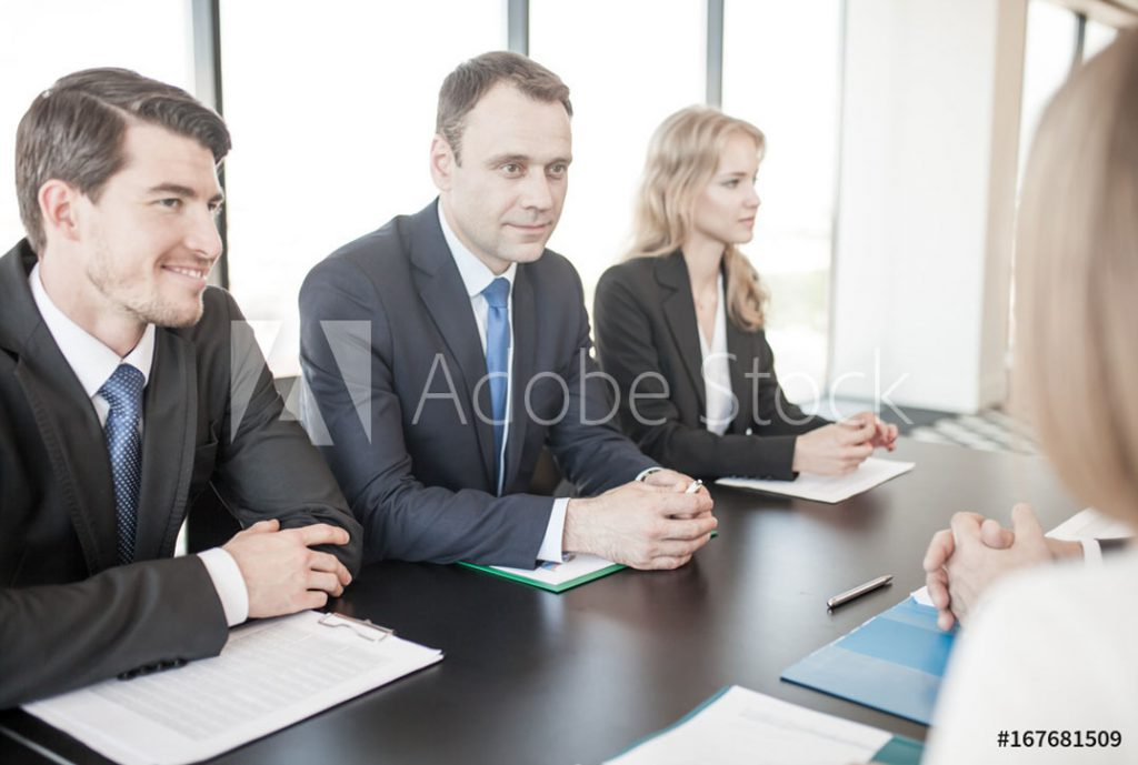 Herr in Frontansicht; ©alotofpeople - stock.adobe.com